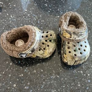 Crocs Littles size 2-3